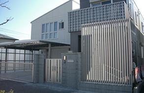 近未来的な外構・カーポート・フェンス|春日井市
